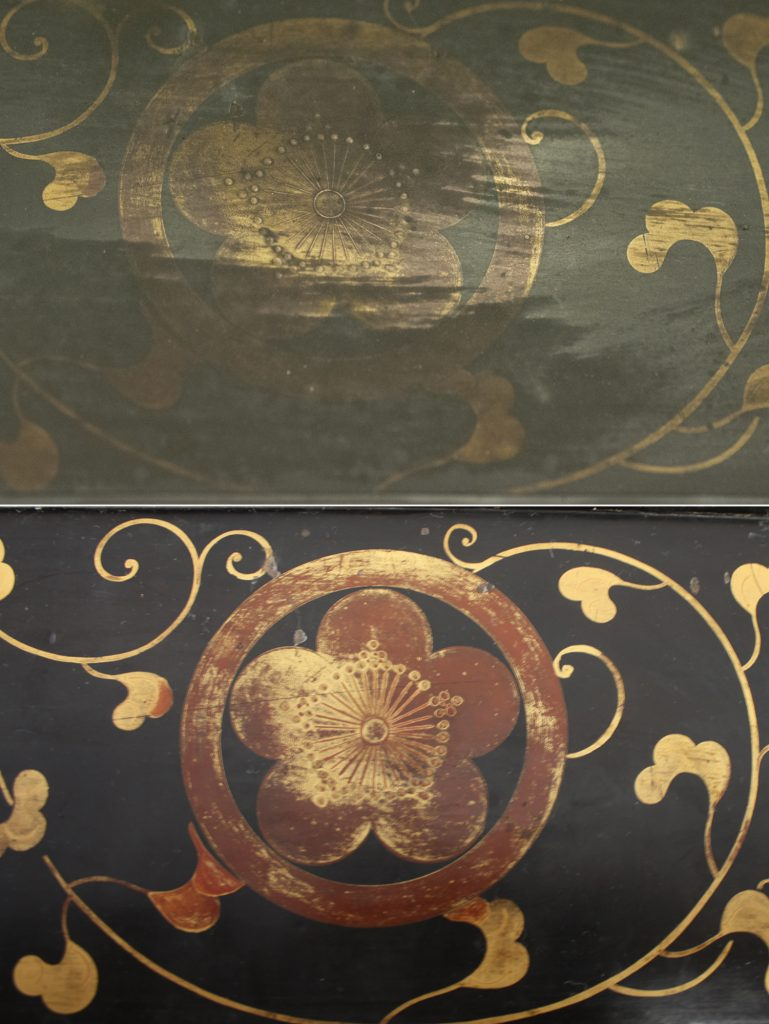 Particolare di decorazione dorata su lacca giapponese prima e dopo la pulitura